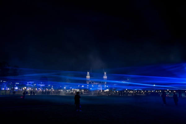 From art to ethical design; Studio Roosegaarde's quest for a sustainable and aesthetic future