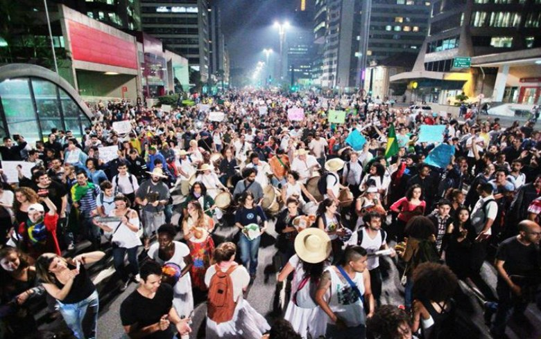 Protest in São Paulo main street, Avenida Paulista